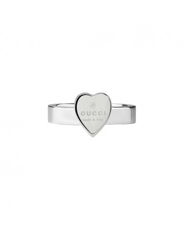 GUCCI Heart ring with Gucci trademark