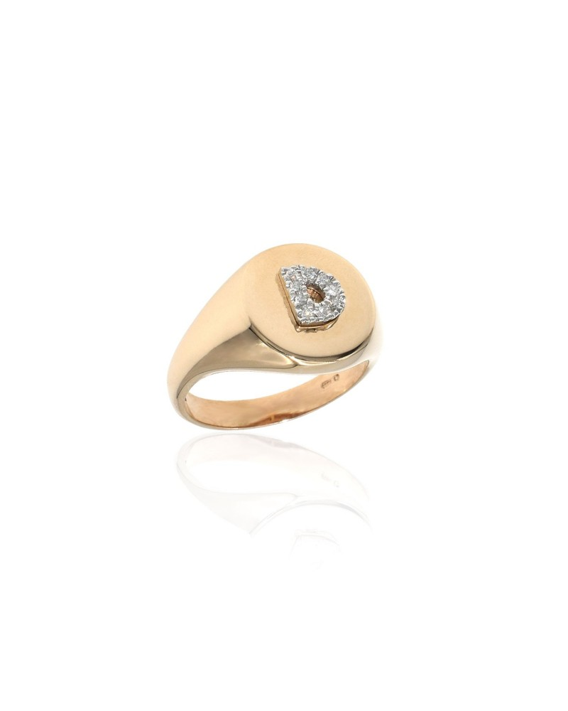 CAPECE GIOIELLIERI Chevalier ring with letter D 9kt.