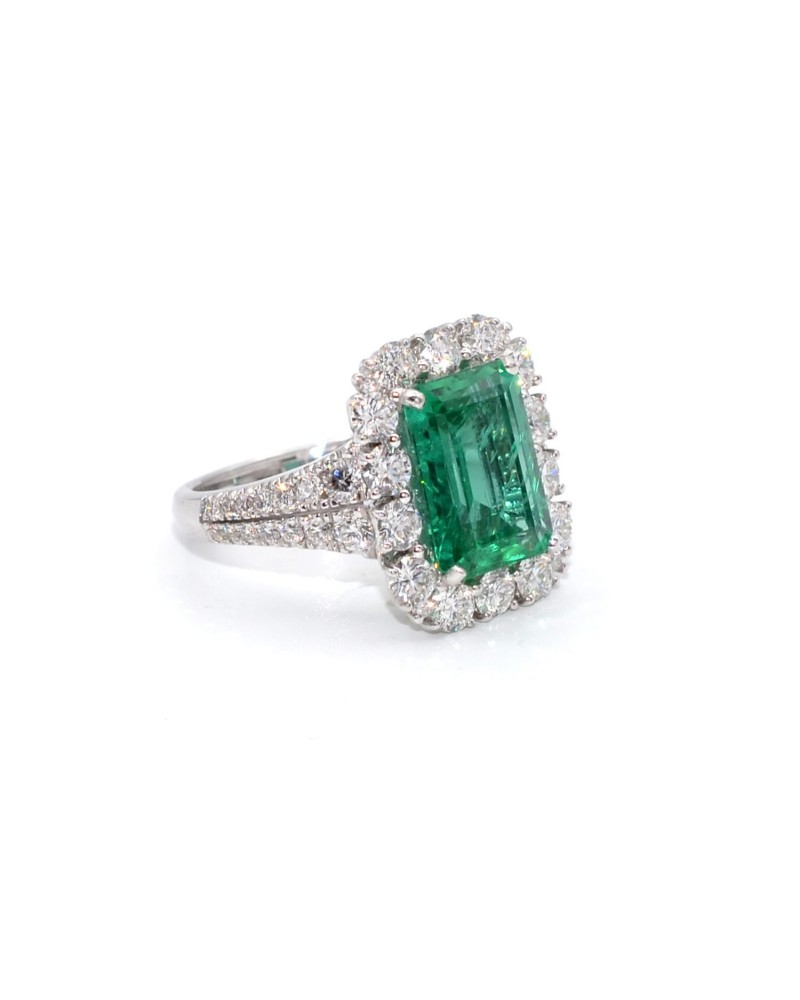 CAPECE GIOIELLIERI Ring with octagonal emerald