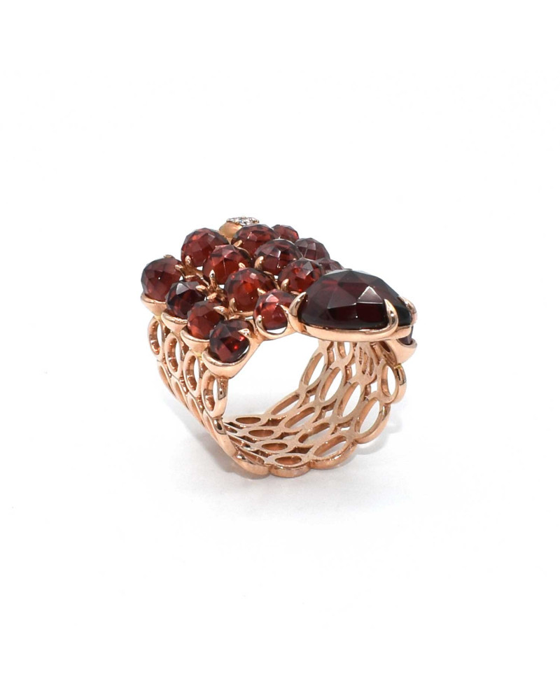 CAPECE GIOIELLIERI Snake ring with garnet